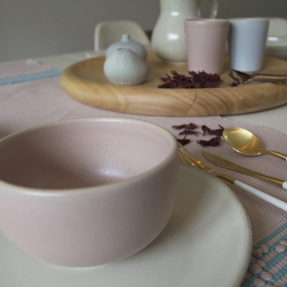 styling bowl mate chalky powder pink