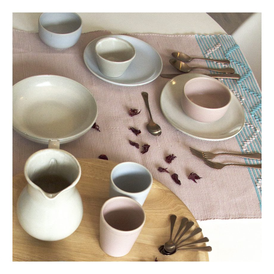 styling dining white & ink