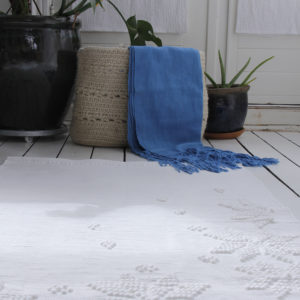snowflakes off-white geweven katoenen kleed medium